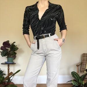FLATTERING High rise vintage corduroy pants